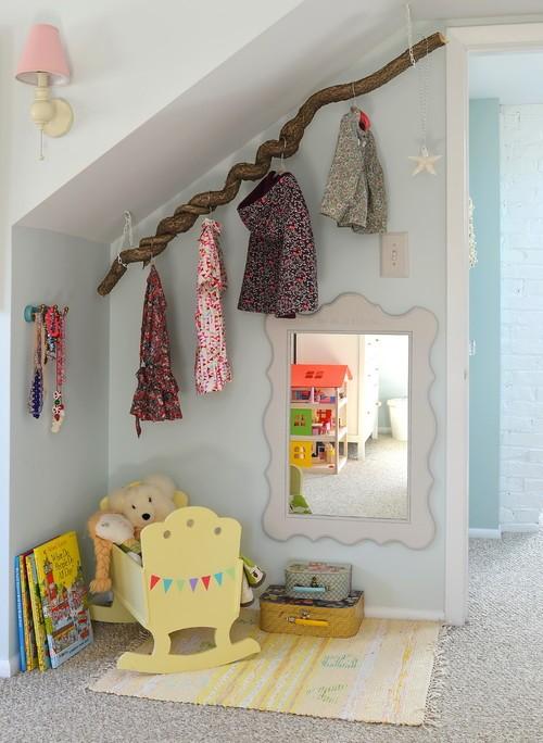 barnrum med snedtak - inredning