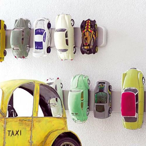 fyndiga förvaringslösningar för leksaksbilar
