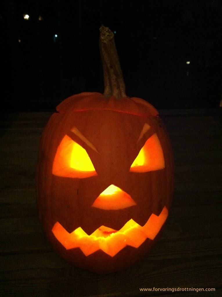 halloween pumpa by night