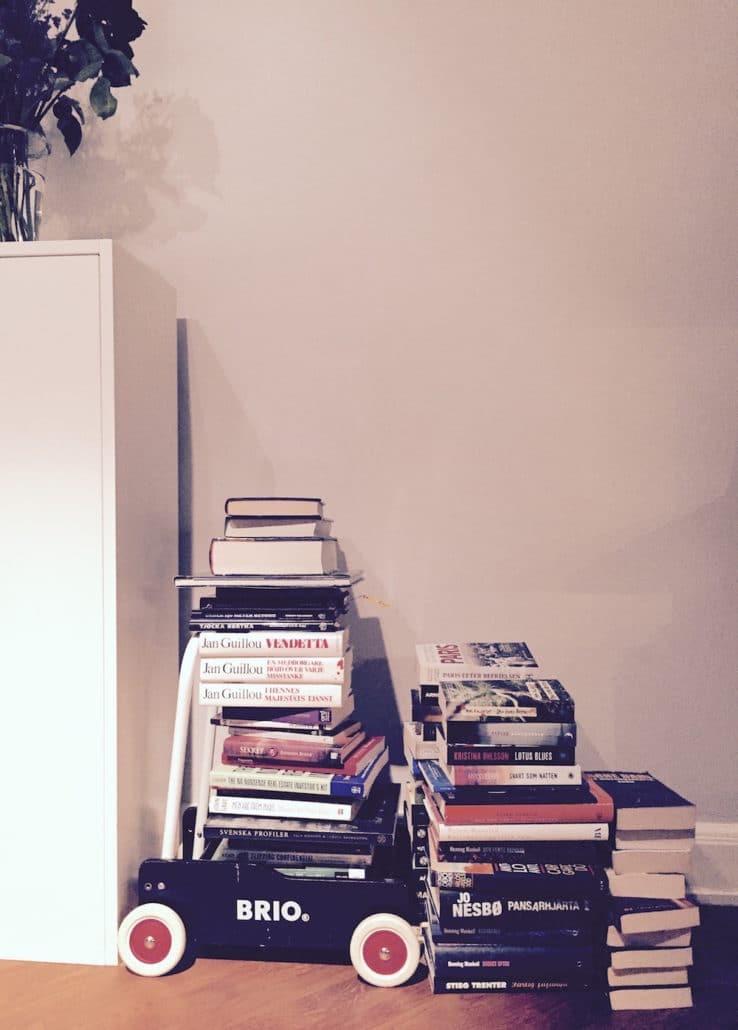 skänka böcker